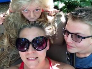 Melony & kids